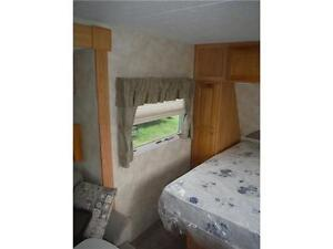 2007 Palomino T21FBSL Ultra Lite Travel Trailer with slideout Stratford Kitchener Area image 7