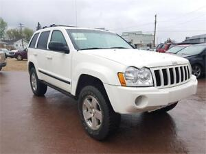 * 2007 JEEP GRAND CHEROKEE 4X4 * * 6 MONTH WARRANTY INCUDED * *