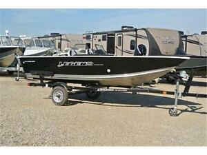 Great little loaded up boat to get on the lake with. 1 2015 left