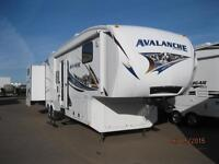 WOW! Avalanche 34' 5th Wheel with 4 Slides and Rear Bunk Room!!