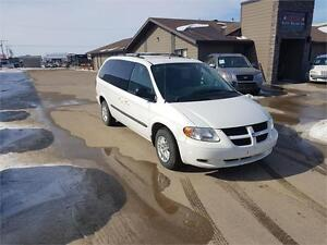 2004 Dodge Grand Caravan SE *VERY LOW KM* *DRIVES EXCELLENT*