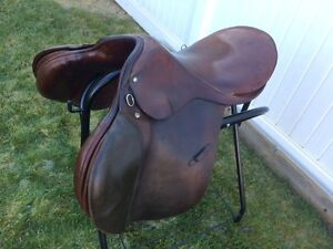 "18"" All Purpose English Saddle Regina Regina Area image 3"