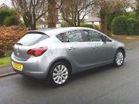Vauxhall Astra 1.6i VVT 16v SE( 115ps ) 2012MY FSH HALF LEATHER