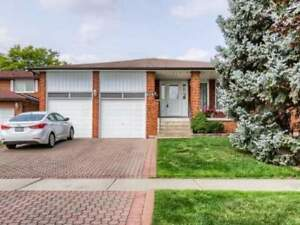 4+1 Bedrooms detached house for sale in Mississauga