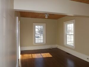 Beautiful, Big 3 Bedroom, West End House, Utilities Included