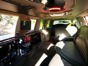 Limousine and Party Bus Service for Wedding and All Occasion Kitchener / Waterloo Kitchener Area image 1