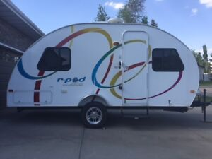 Forest River R-Pod 177 in excellent condition