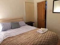 LARGE DOUBLE ROOM in FULHAM