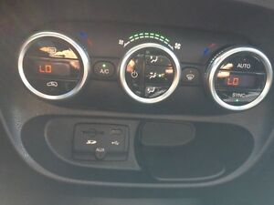 FIAT 500 L Fully Loaded with Manufacturer Extended Warranty Gatineau Ottawa / Gatineau Area image 10