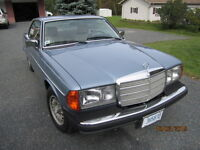 1978 MERCEDES BENZ 300CD