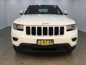 2013 Jeep Grand Cherokee White Sports Automatic Wagon