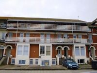 1 Bedroom Bedsit / Studio Flat Available to Rent/Let!! Top floor Flat with Balcony! New Refurbished
