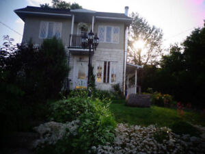 1 MINUTE FROM ENVIRONMENT CANADA - 1 ROOM FOR RENT - 500$
