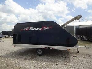 2017 TRITON 11' Clam XT- FULLY LOADED-MATS & GUIDES!! London Ontario image 4