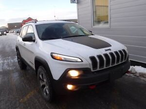 2016 Jeep Cherokee Trailhawk 4WD, leather, rem. start, back up c