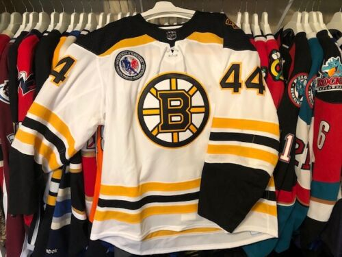 Boston Bruins KAMPFER 44 Game-Issued MiC Jersey Meigray Hall of Fame Game Patch