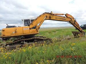 HYUNDAI ROBEX 250 LC-3 HIGHWALKER EXCAVATOR Moose Jaw Regina Area image 10