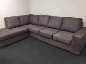 L shape Sofa / Can Deliver Hunters Hill Hunters Hill Area Preview
