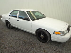 ex police ford crown victoria 98000KM