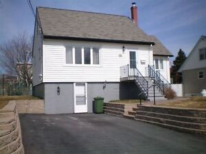 Fairview Area - 3 Bedroom house $1350