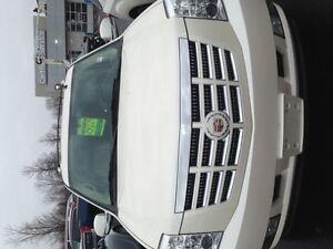 2010 Cadillac Escalade SUV, Crossover