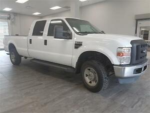 2010 Ford Super Duty F-250 MONTH END BLOWOUT! LOW KM!
