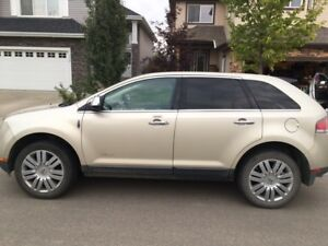 2010 Lincoln MKX Brand new winter tires - New Battery - No GST $