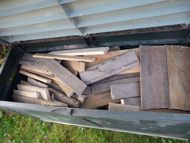 Firewood - cut & cured hard & softwood - large trunk full - ready to burn - bargain