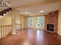 Room for rent in upscale House