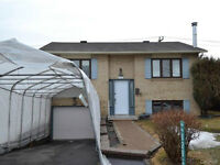 DETATHED HOME CHOMEDEY LAVAL WITH INGROUND POOL