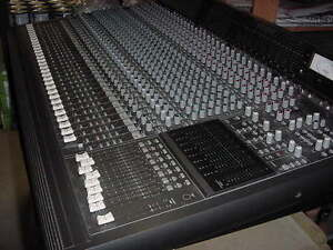 Console Mackie 32/8-Buss