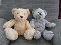 'Reduced' 2 x TEDDY BEARS, 'HARRODS 2009' and a Animal Adventure