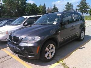 2012 BMW X5 35i *LOW KMS,SUNROOF,REAR PARKING AID,PRICED TO SELL