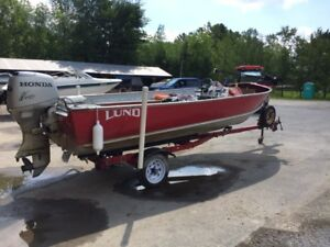 16FT LUND PIKE (SIDE CONSOLE) ALUMINUM FISHING BOAT
