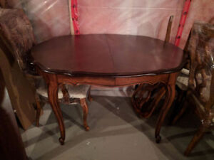 Antique Solid Wood Classic Dining Set