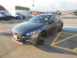 2016 Mazda Mazda3 GS **Full options**Most selling trim**