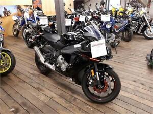 2015 Yamaha R1 SPORT BIKE