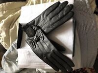 Real Leather ladies Gloves