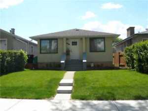 4 Bedrooms house by Bonnie doon Mall