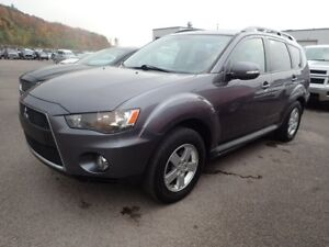 2010 Mitsubishi Outlander All Wheel Drive, Factory Warranty unti