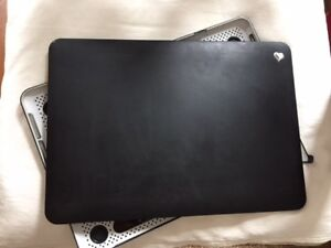 Macbook Pro 13 inches hard cover - Impactology