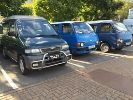 TOYOTA HI-ACE 1981 CLASSIC CAMPER 24000 MILES///FRESH MOT AND SERVICE AT THE POINT OF SALE// POP-UP/