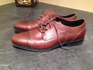 Leather Florsheim men's dress shoes - brown
