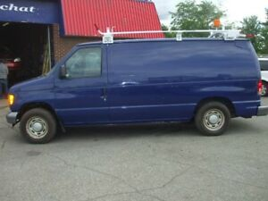 Ford Econoline Cargo Van E-150 2005
