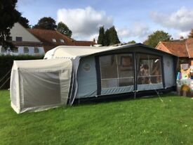 Isabella Ambassador 970 Awning in excellent condition