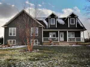 close to brock university/golf course, whole house(6 bedroom/3WR
