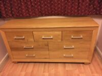 Solid Oak sideboard - Excellent Condition