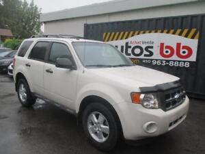 2009 Ford Escape XLT ( 4 CYLINDRES - MAGS )
