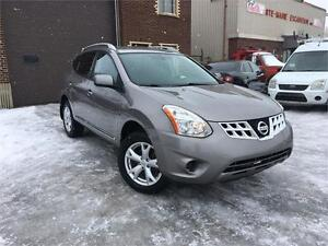 NISSAN ROGUE SV 2011 AUTO / AWD / AC / MAGS !!
