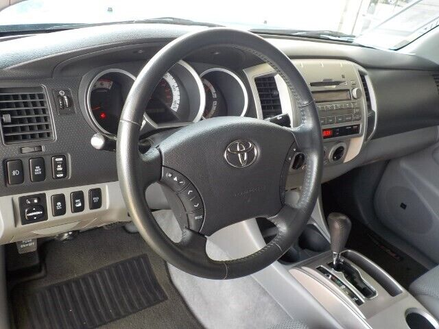 Image 14 Voiture American used Toyota Tacoma 2011